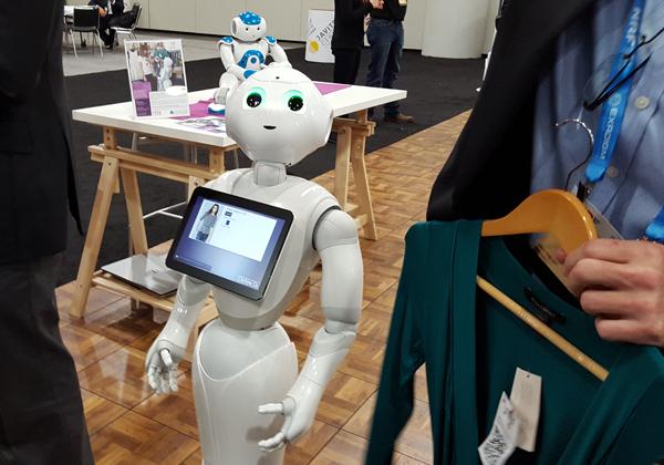 Robo-Clerk